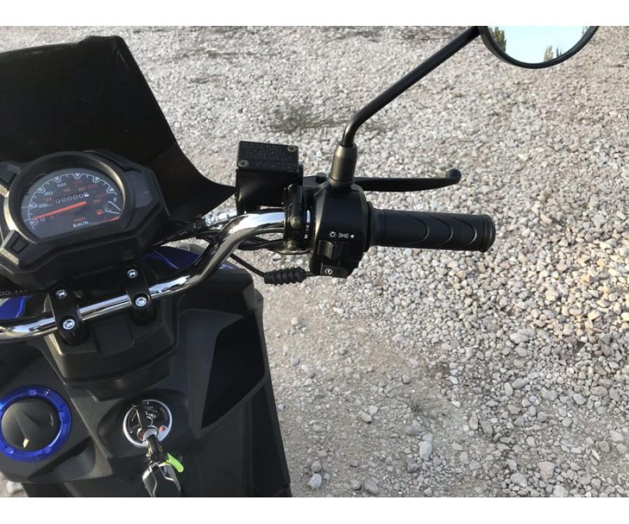Скутер Millennium BWSR