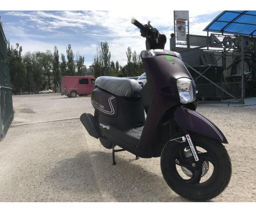 Скутер Millennium Modena