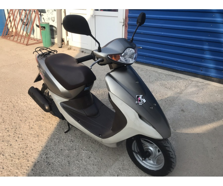 Скутер Honda Dio AF57