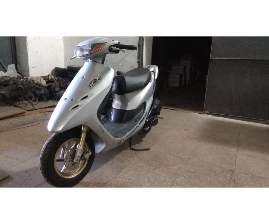 Скутер Honda Dio ZX-2 AF35