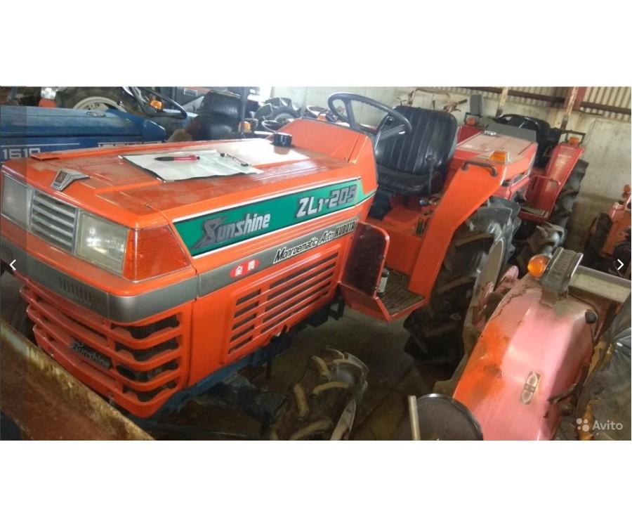 Минитрактор Kubota ZL1-205 4WD