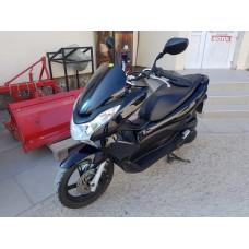 Скутер Honda PCX 125 см3 EBJ-JF28