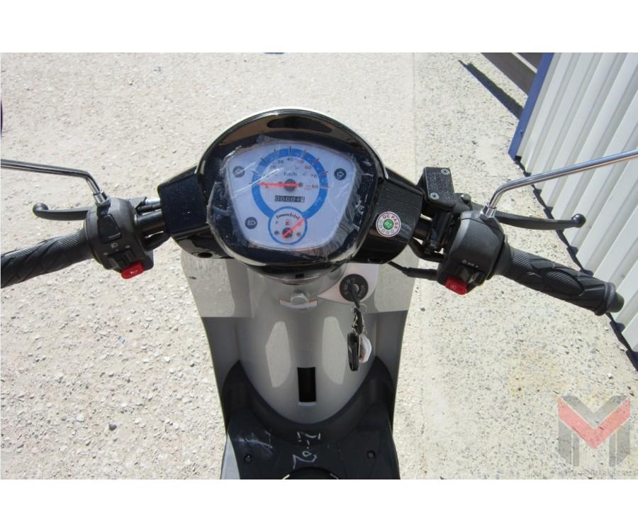 Скутер OMAKS YUTU JJ50QT-27